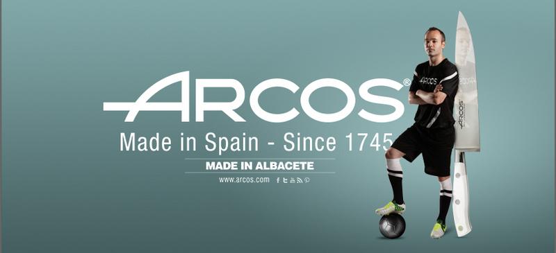 ARCOS Steak Набор ножей для стейка, 4 шт, зубчатое лезвие, ARCOS, Испания