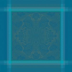 Скатерть 175х255 см, 100% хлопок c отталкивающим эффектом, цвет изумрудный, декор Emeraude, серия Isaphire, GARNIER-THIEBAUT, Франция, арт. 1199, фото 3